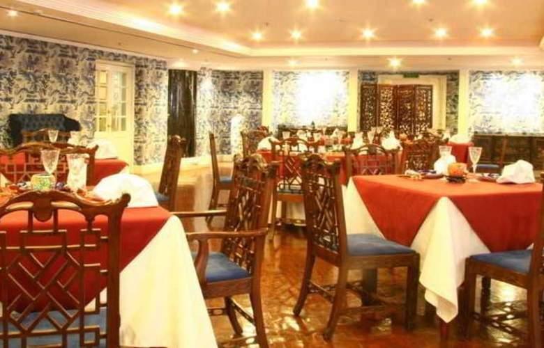 Grand - Restaurant - 11