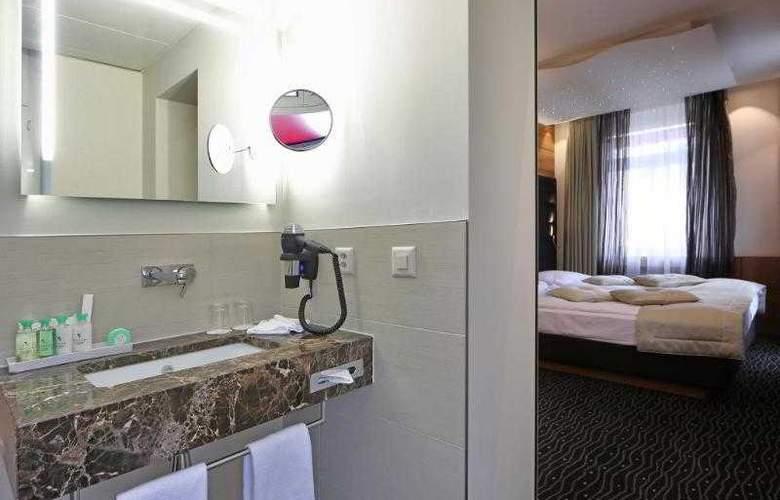 St. Gotthard - Room - 14