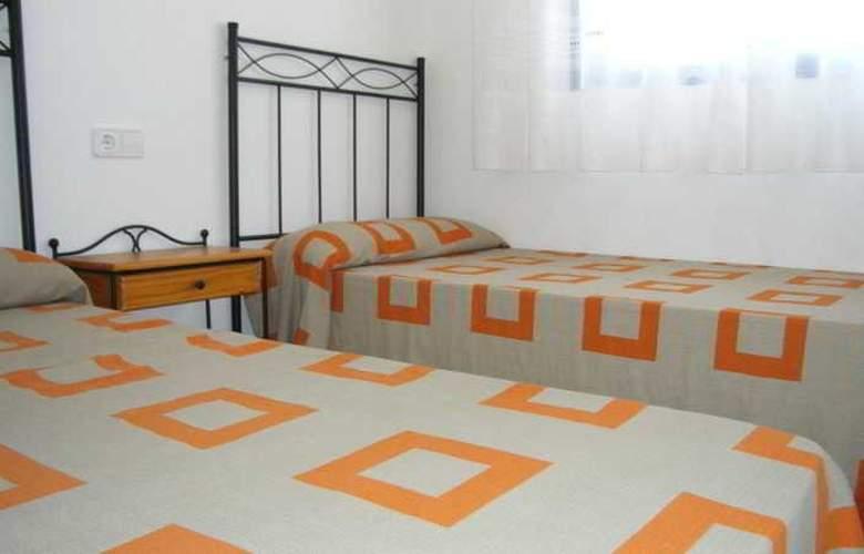 Apartamentos Cargador Beach 3000 - Room - 2