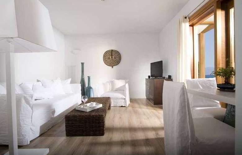 Minos Beach - Room - 17