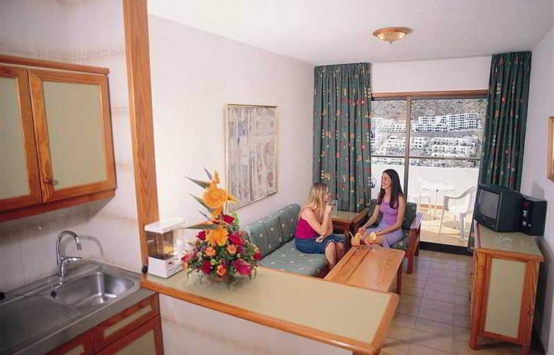 Carlota - Room - 8