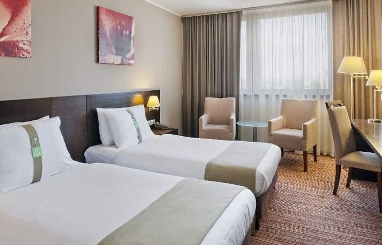 Holiday Inn Bratislava - Room - 3