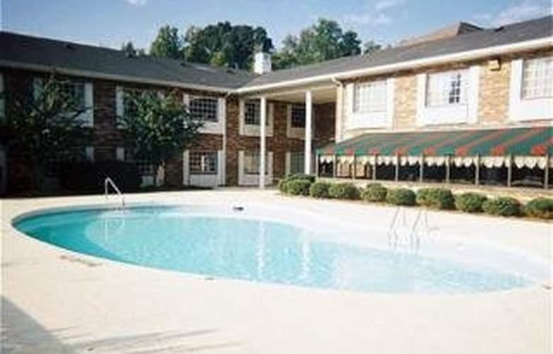 Country Inn Charlotte Apt - Pool - 3