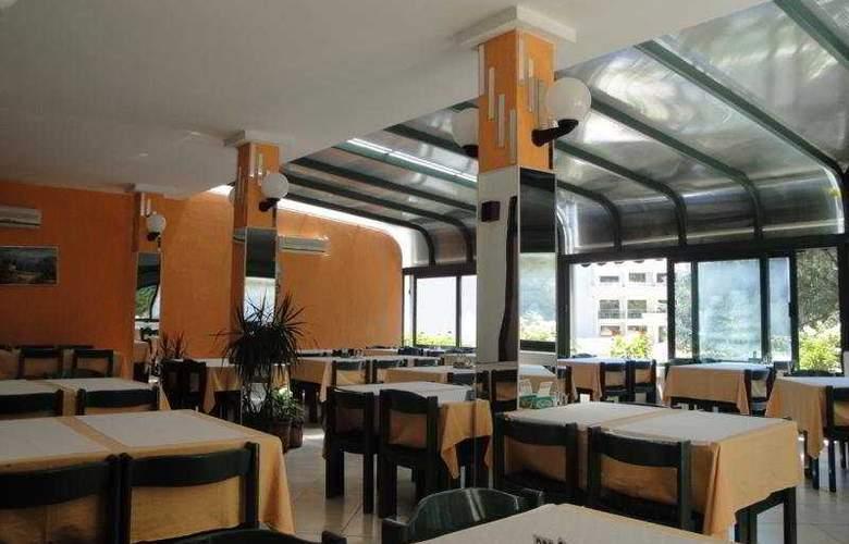 Danica - Restaurant - 8