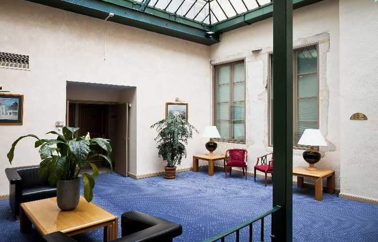Phenix - Hotel - 0