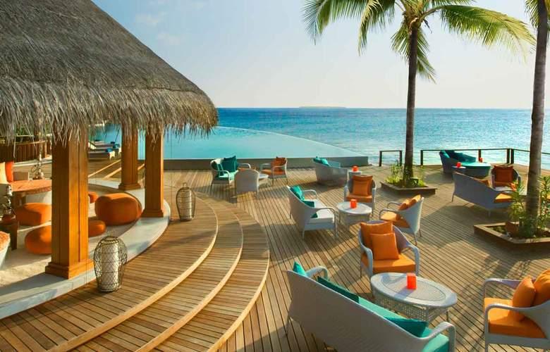 Dusit Thani Maldives - Restaurant - 25