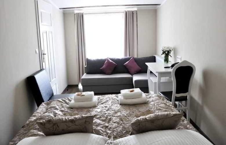 Aparthotel Leone - Room - 13