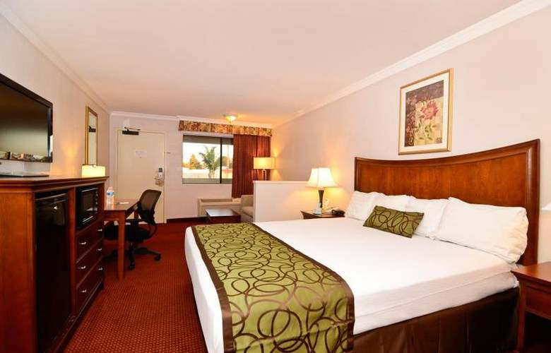 Best Western Plus Chula Vista Inn - Room - 23