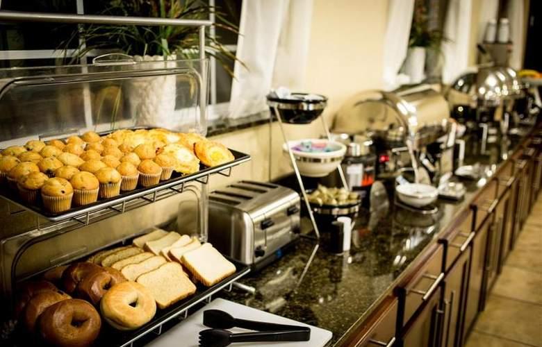 Best Western Plus Eastgate Inn & Suites - Restaurant - 93