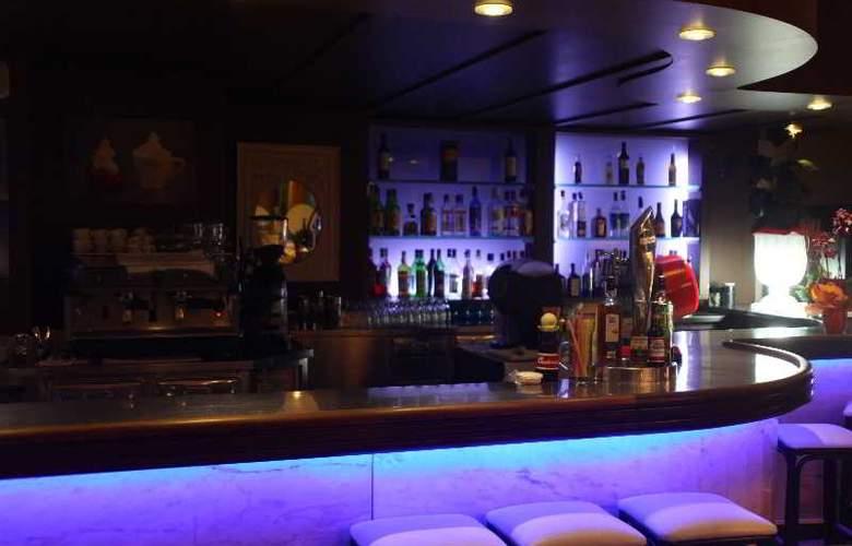 Miami Park - Bar - 17