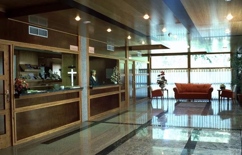 Gran Hotel Benasque SPA - Hotel - 4