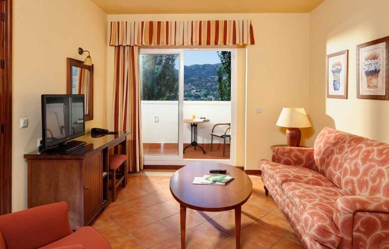 Fuerte Grazalema - Room - 10