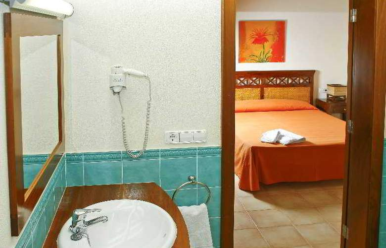 Villas Menorca Sur - Room - 4