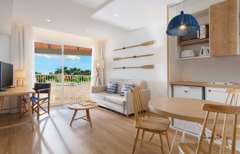 Club Del Sol Aparthotel Resort & Spa - Room - 18