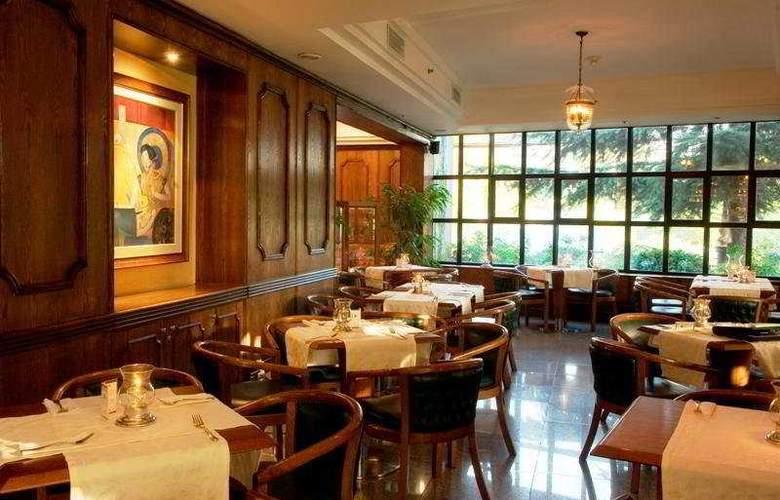 Kennedy - Restaurant - 6