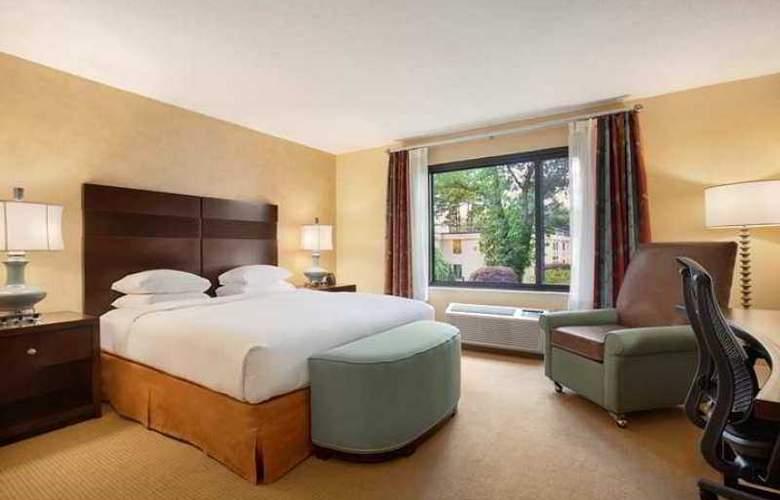 DoubleTree by Hilton Hotel Boston Bedford Glen - Hotel - 1
