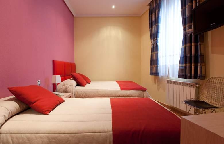 Hostal Las Fuentes - Room - 14