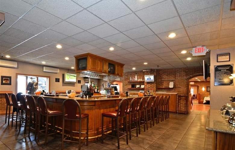 Best Western Plus Concordville Hotel - Bar - 101