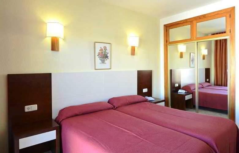 Amoros Hotel - Room - 17