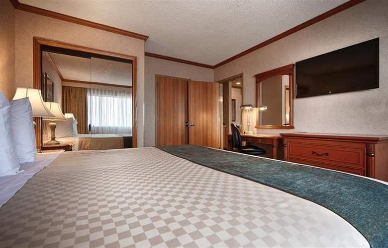 Best Western Los Angeles Worldport Hotel - Room - 9