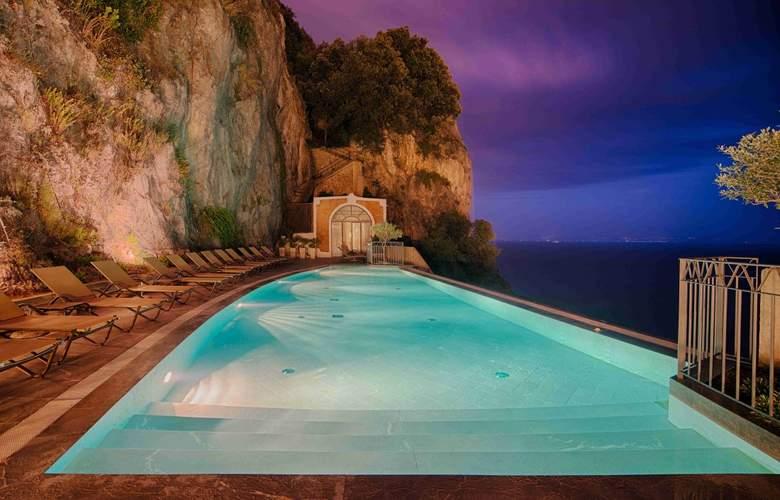 NH Collection Grand Hotel Convento di Amalfi - Pool - 17