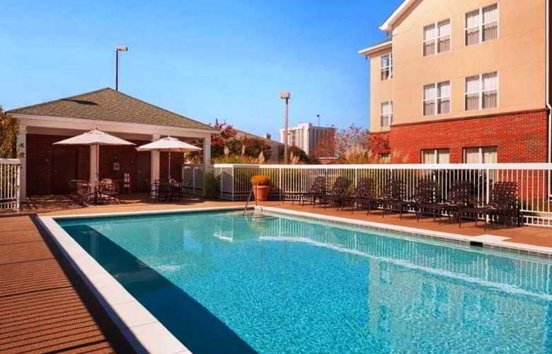 Homewood Suites by Hilton Baton Rouge - Pool - 1