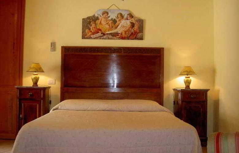 Artemide Hotel - Room - 2