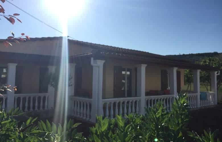 Villa Panorea - Hotel - 0