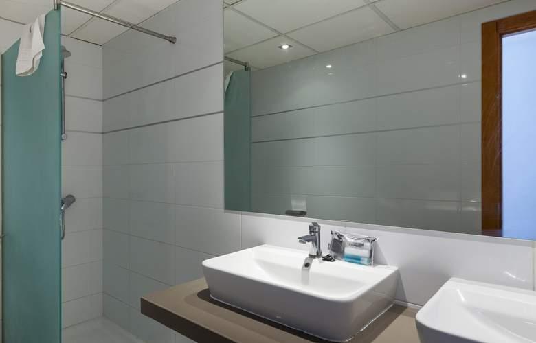 Ibiza Jet Apartments - Room - 4