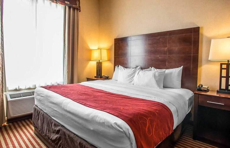 Comfort Suites - Room - 15