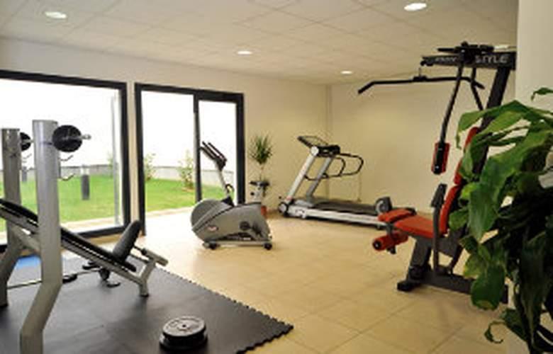 Park & Suites Confort les Ulis - Sport - 2
