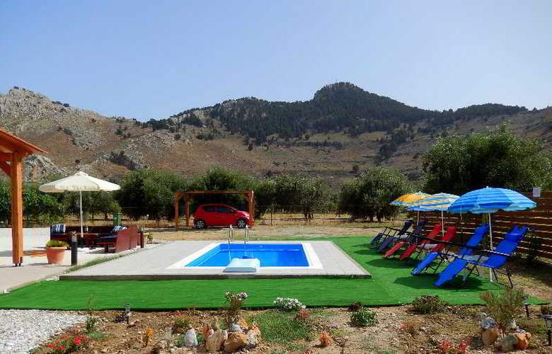 Stergios Villa - Pool - 15