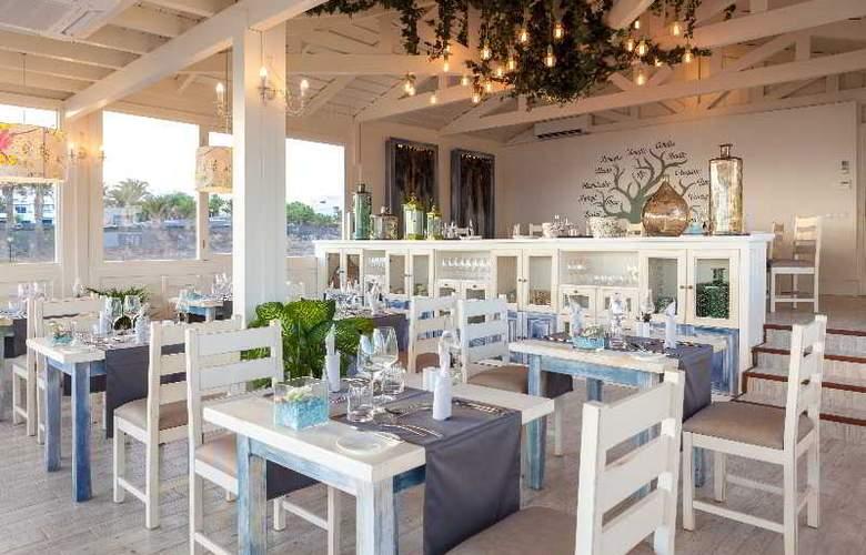 Gran Castillo Tagoro Hotel & Resort - Restaurant - 26