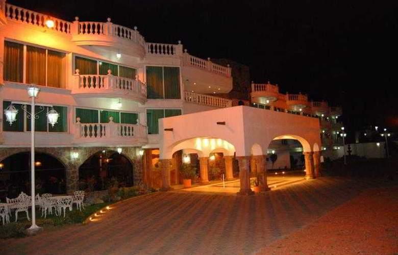 Best Western Toluca - Hotel - 17
