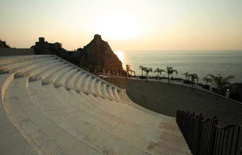 Capo dei Greci Taormina Coast - Resort Hotel & SPA - Sport - 4