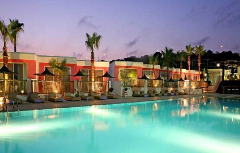 Napa Mermaid Hotel & Suites - Pool - 7
