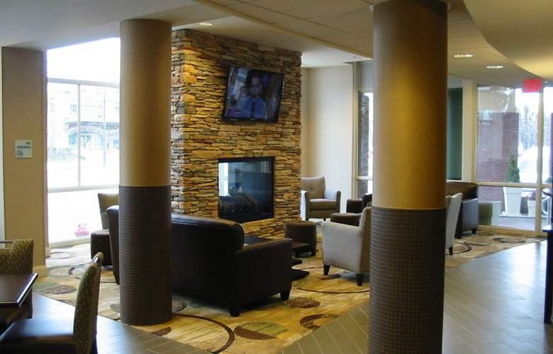 Holiday Inn Express Philadelphia Penns Landing - General - 10