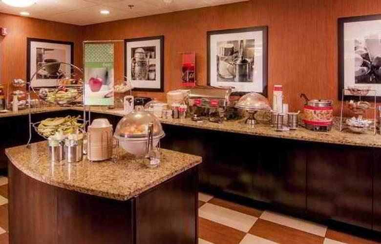 Hampton Inn & Suites Tampa North - Hotel - 9