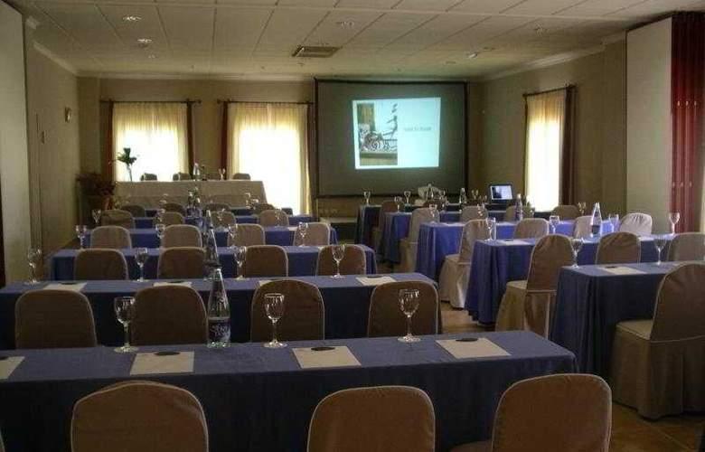 El Rodat - Conference - 8