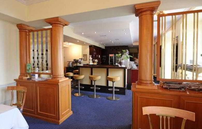 Kastanienbaum Swiss Quality Seehotel - Bar - 6