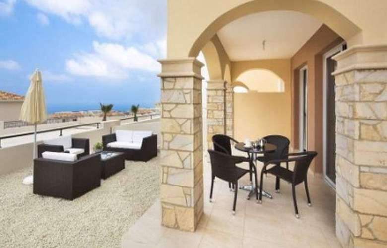 Club St George Resort - Terrace - 5