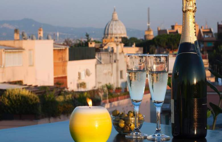 Grand Hotel Tiberio - Terrace - 27