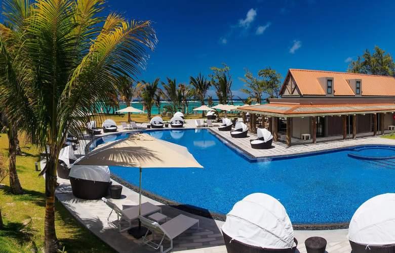 Maritim Crystals Beach Hotel - Pool - 3