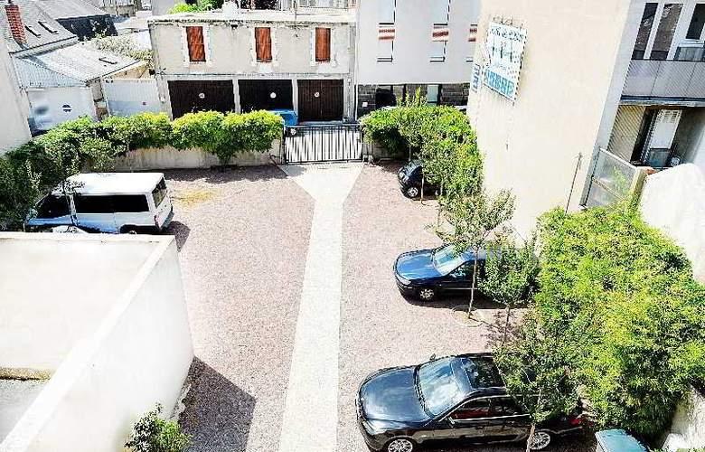 Hotel de Rosny - Terrace - 9