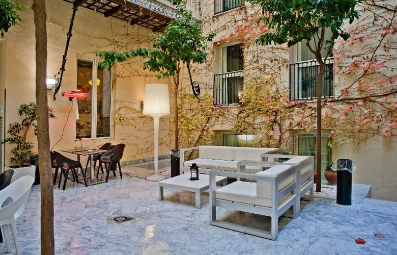 Petit Palace Santa Cruz - Hotel - 6