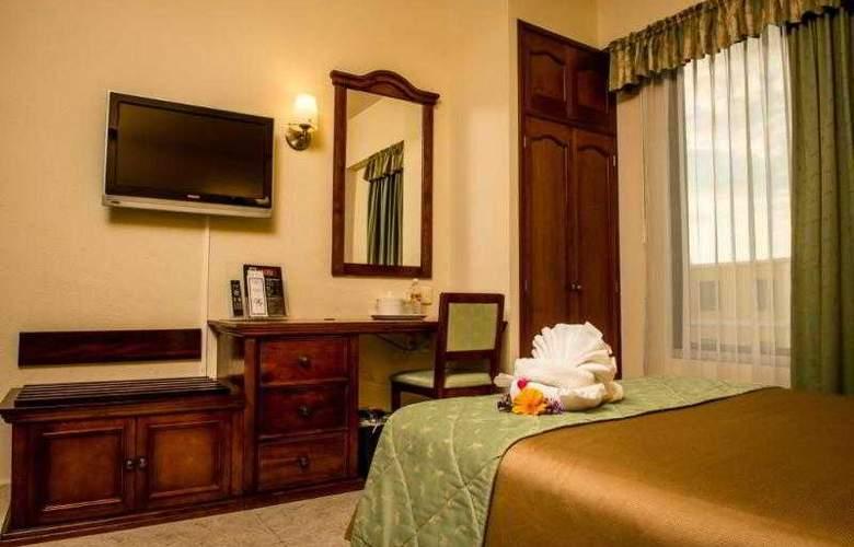 Plaza Campeche - Room - 8