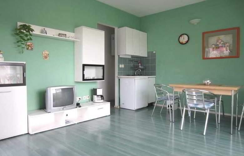 Apartmani Kelam - Room - 8