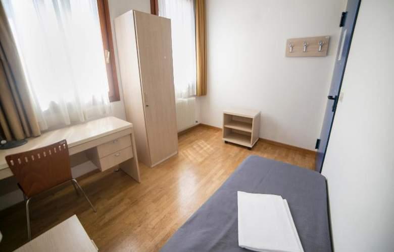 Sunny Terrace Hostel - Room - 16