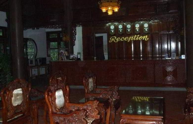 Lang Co Beach Resort - Hotel - 0