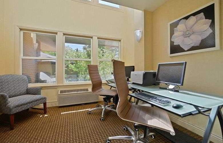 Best Western Plus Mountain View Inn - Hotel - 16